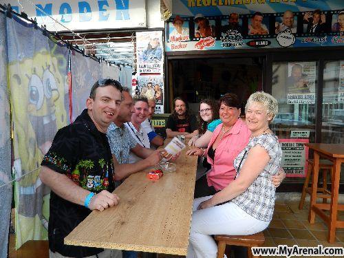Mallorca Urlaubsbild - DSCN6141 Krümel Stadl Opening 2012