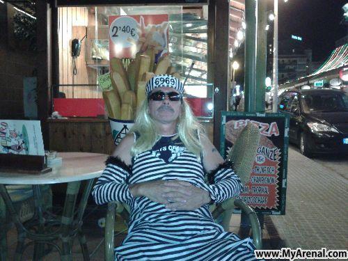 Mallorca Urlaubsbild - Frauenknast.... offener Vollzug in der Schinkenstr