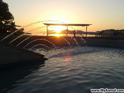 Mallorca Urlaubsbild - Santa Ponsa Abendstrand