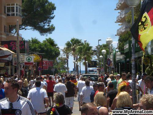 Mallorca Urlaubsbild - Schinkenstraße vor dem Deutschlandspiel